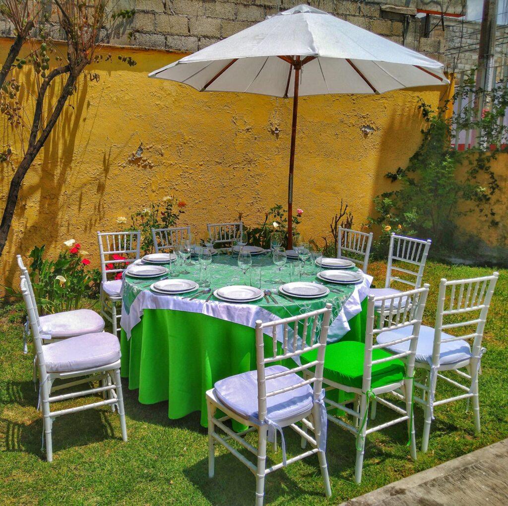 mesas con sombrillas para eventos toluca