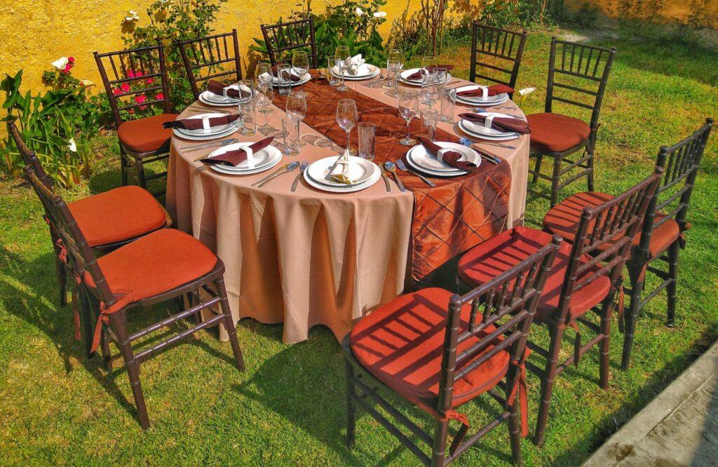 renta de mesas y sillas tiffany toluca
